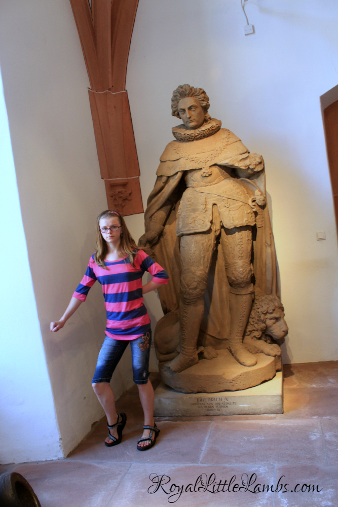 Fun with Statues