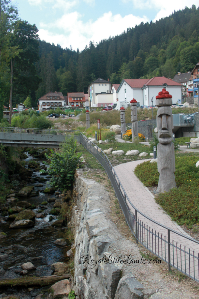 Bollenhut Tikis by the River Gutach