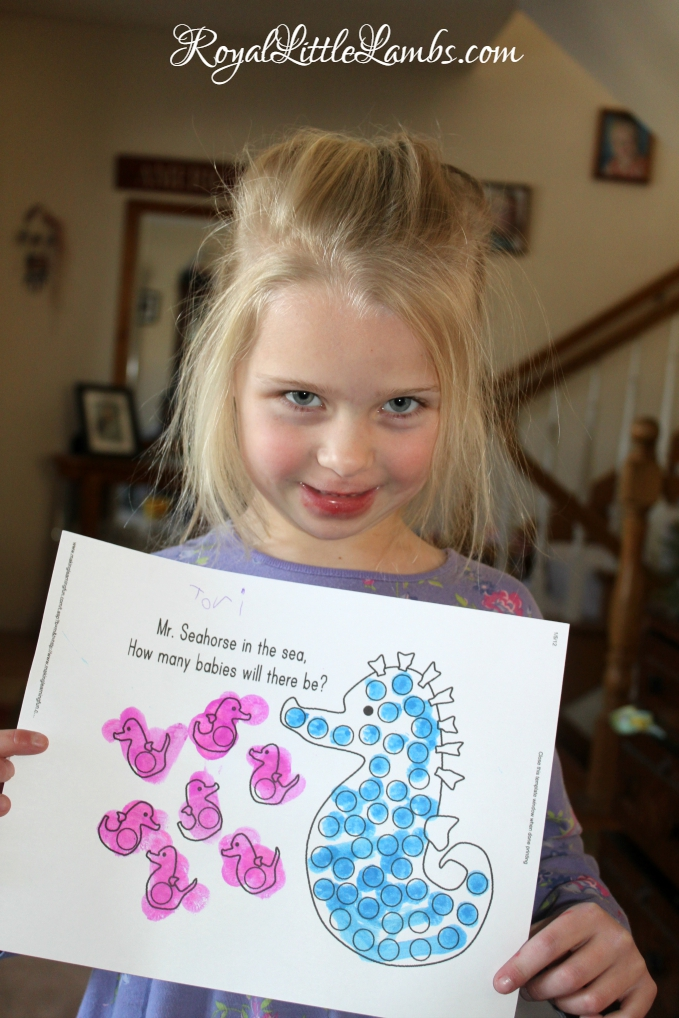 Seahorse Dot Painting